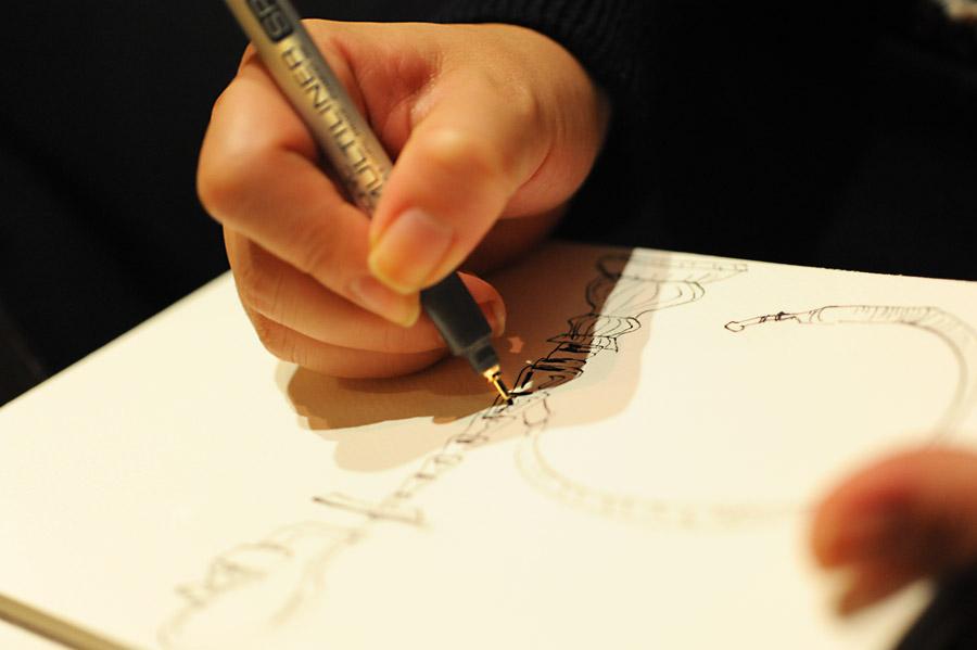 ピグメントライナーを使ってスケッチイラストを描く