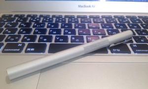 無印良品の万年筆とMacBook Air